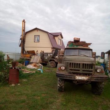 Бурение скважины в д. Щекутово