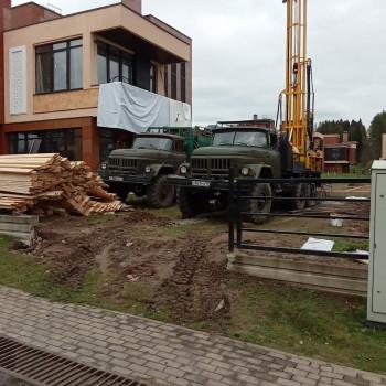 Бурение артезианской скважины в Новой Москве